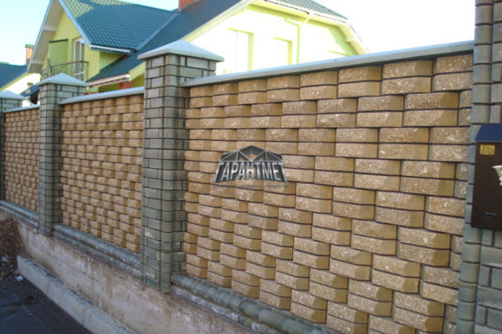Кирпичный забор в Ярославле под ключ - Цена от 8000 руб/п.м